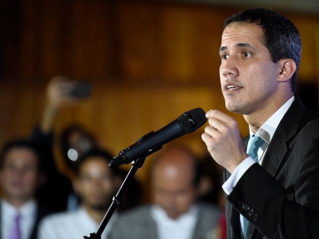 """Venezuela, Guaidò: """"Profondo sconcerto, Italia non prende posizione contro Maduro"""""""