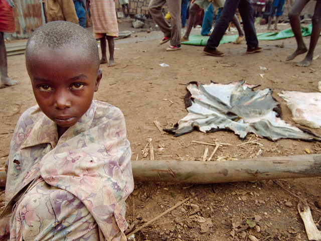 """Il caso dell'eroe di """"Hotel Rwanda"""" finito sottoprocesso per terrorismo"""