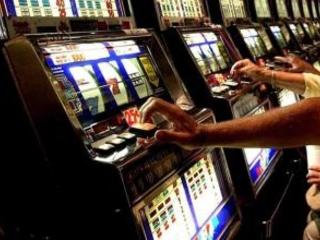 Gioco d'azzardo, cifre da paura in Basilicata: famiglie a rischio impoverimento