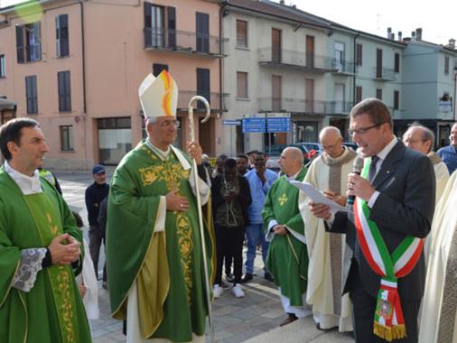 """Don Antonio Pezzetti, """"messaggero di carità"""", è il nuovo parroco di Piadena Drizzona"""