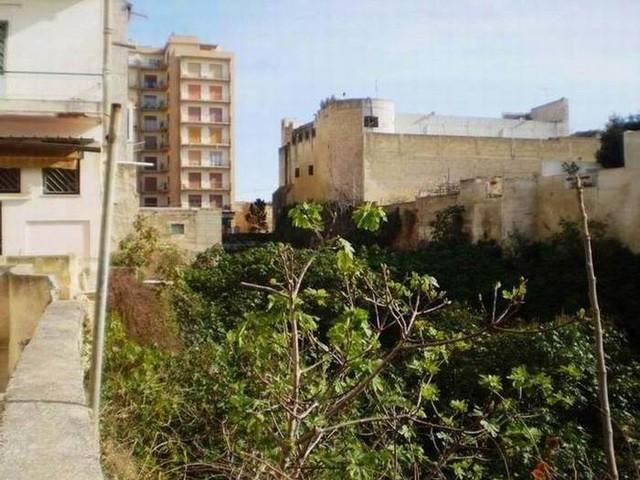Archeologia: Comune Marsala, fossato punico diventi giardino
