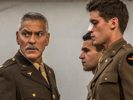 George Clooney e Catch 22 a maggio su Sky Atlantic: la follia della guerra in 4K