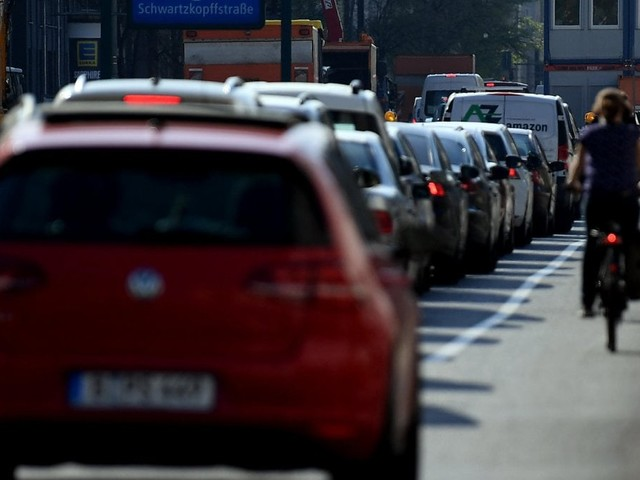 Carpooling aziendale: ogni lavoratore risparmia 1.500 kg di CO2 l'anno