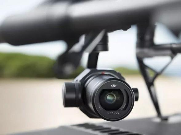 DJI Zenmuse X7: cam aerea Super 35mm per riprese cinematografiche