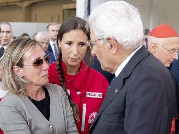 La lezione di Genova:unità e compostezza nel giorno del dolore