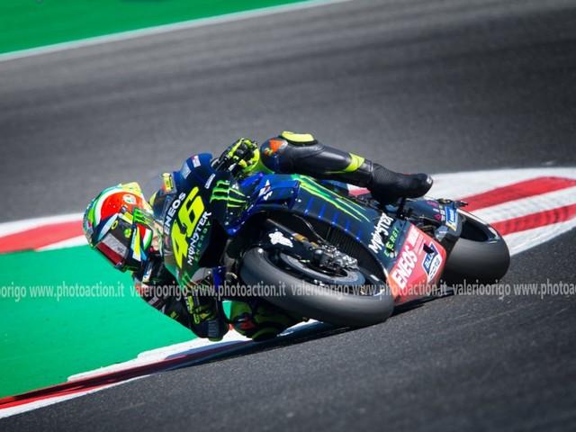 LIVE MotoGP, GP Aragon 2019 in DIRETTA: Vinales precede Valentino Rossi, in ripresa Dovizioso. Marquez sornione