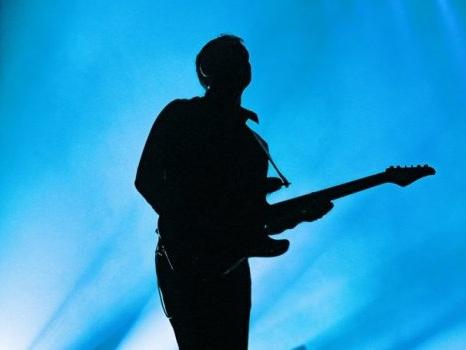 Marco Mengoni ai Laghi di Fusine il 28 luglio, nuove indicazioni per il concerto a Tarvisio