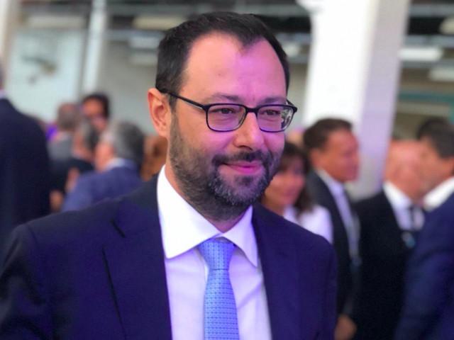 """Il Decreto Semplificazioni in Cdm. Patuanelli: """"Oggi si chiude"""""""