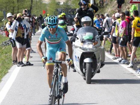 Vuelta, Nibali vince in volata la terza tappa