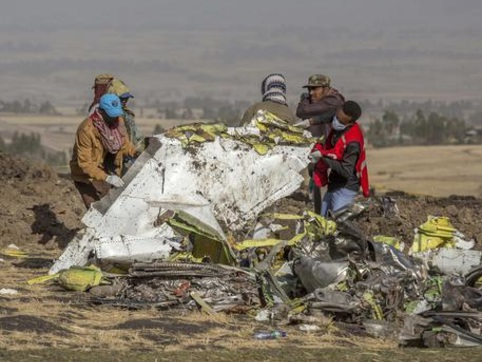 Boeing 737 Max caduti: la società conosceva i difetti dell'aereo