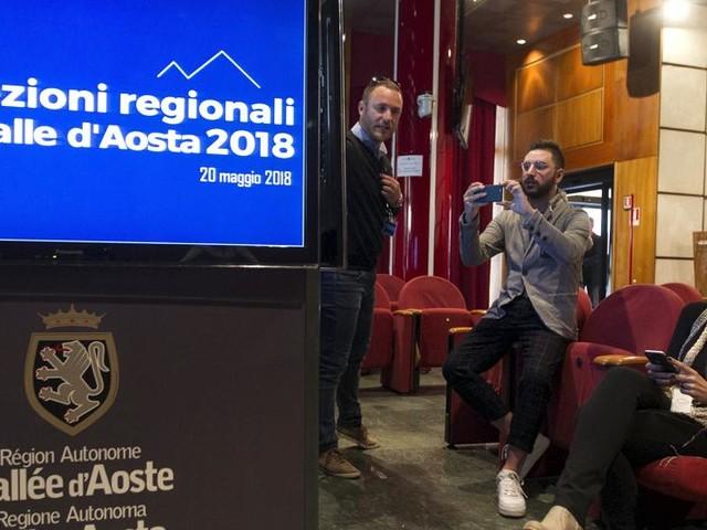 La Valle d'Aosta è ingovernabile e rischia di tornare alle urne