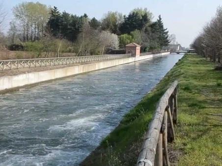 Novara, bambino di due anni cade nel canale e annega