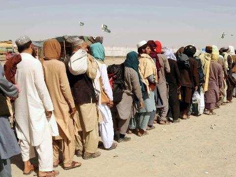 Afghanistan: Cina, min. Esteri incontra talebani in Qatar