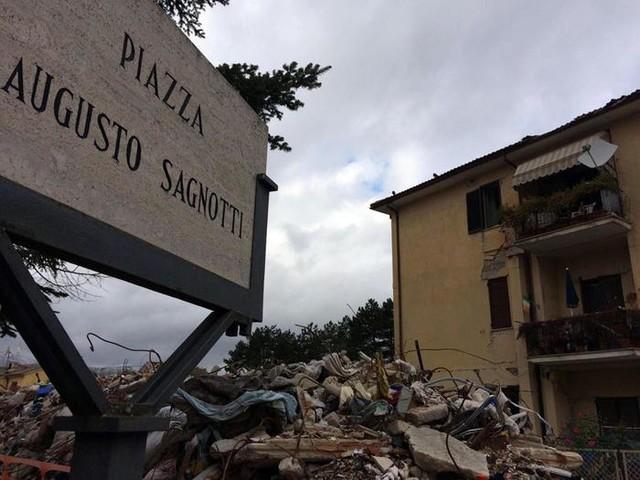 Terremoto Amatrice, anche ex sindaco Pirozzi tra i 6 rinviati a giudizio