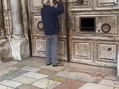 Covid-19, chiude la Chiesa del Santo Sepolcro a Gerusalemme