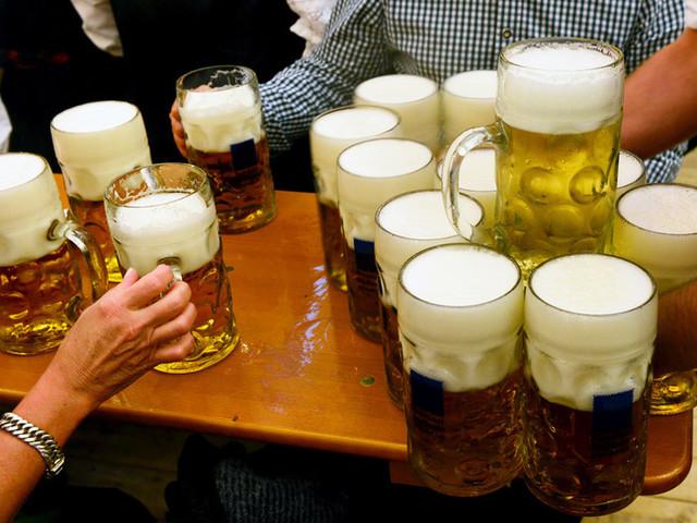 Covid Party dopo le 18 a Roma, chiuso il bar e multato il titolare