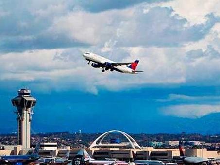 Sistemi di controllo doganale in tilt negli aeroporti Usa