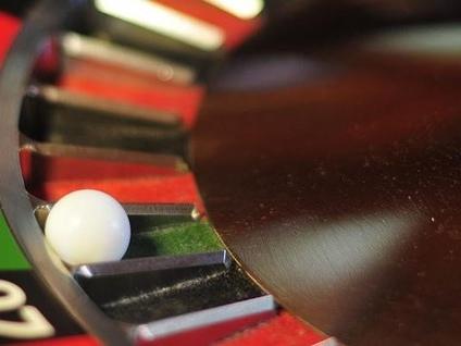 Il Comune dice basta al gioco d'azzardo: «La lotta alla ludopatia è lotta di civiltà»