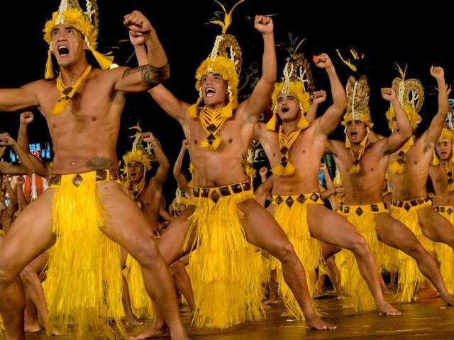 Tahiti: tra danze e musica la grande festa della Polinesia