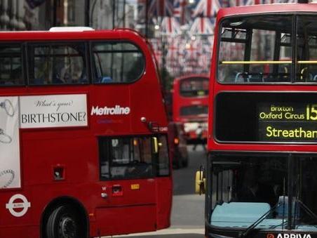 Londra, i tipici bus a due piani? Alimentati ad olio di caffè. Sfida anche per l'Italia
