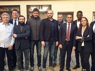 """Francia: incontro tra Di Maio e gilet gialli """"provocazione inaccettabile"""""""