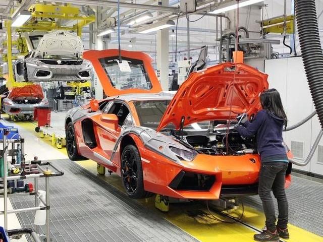 Lamborghini, c'è l'intesa sul rinnovo per il 2018