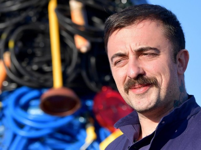 """Matteo Salvini commenta un tweet di Chef Rubio sui palestinesi: """"Bisogna riaprire i manicomi"""". Lui risponde: """"Ti farò vergognare di esistere"""""""