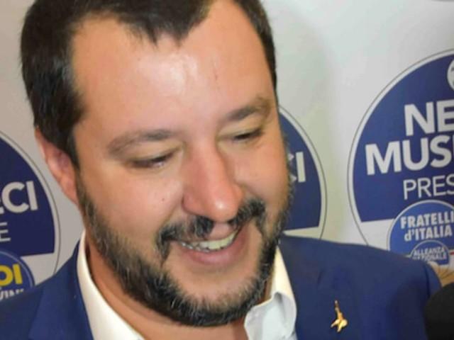 """Matteo Salvini a Catania: """"I Cinque Stelle unici avversari, ma sono degli incapaci"""""""