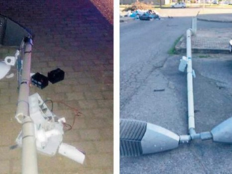 Cosenza, raid notturno in via Popilia: telecamere oscurate dai vandali