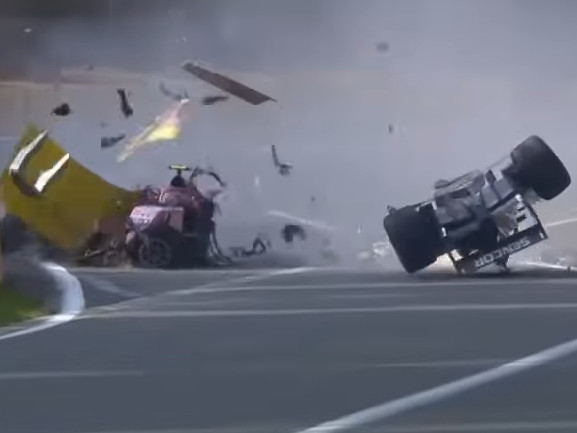 Formula2, terribile incidente a Spa Muore giovane pilota - Il video
