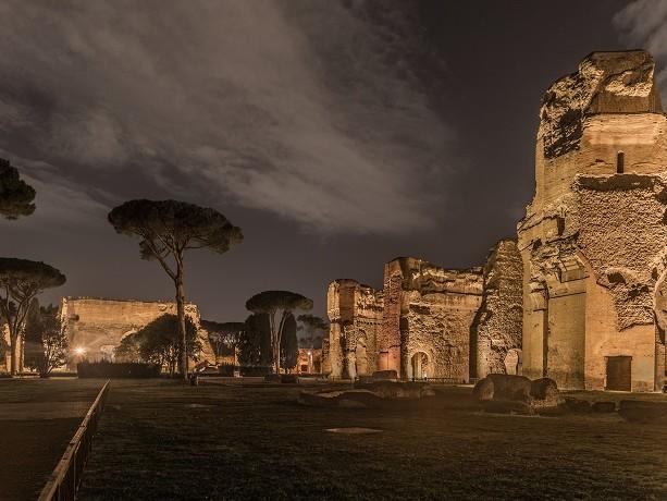 Cosa fare a Roma: le visite guidate serali alle Terme di Caracalla