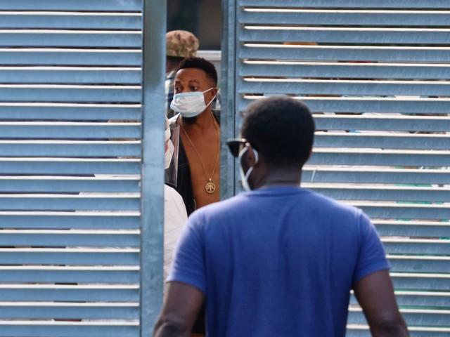 Una valanga di richieste d'asilo. l'assalto dei migranti ai tribunali