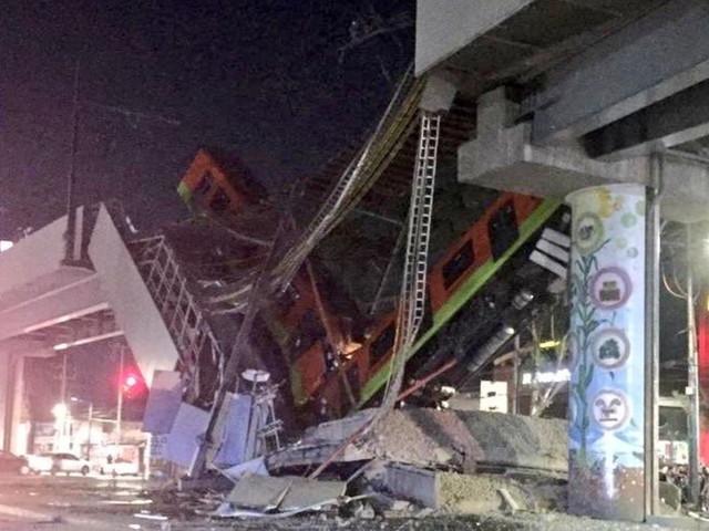 Città del Messico, ponte crolla al passaggio della metropolitana: almeno 15 morti e 70 feriti