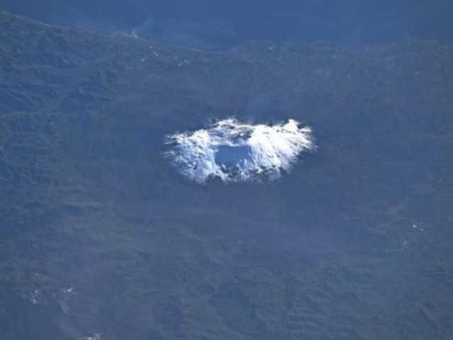 L'Etna coperta di neve vista da Luca Parmitano