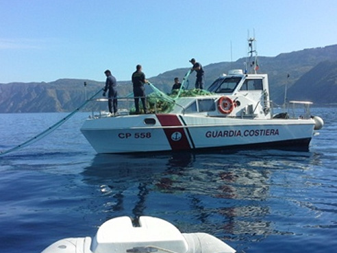 Casalbordino, sequestrate reti da pesca vicino la costa