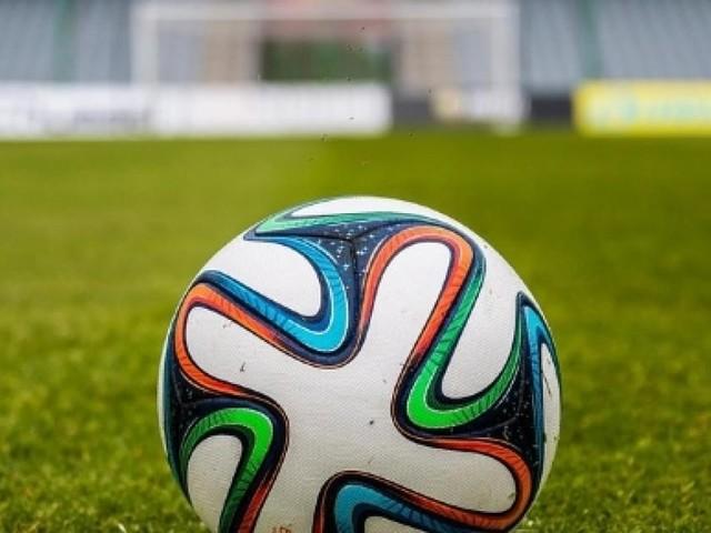 Abbonamento Mediaset Premium e Sky 2017-2018: pacchetto calcio, le differenze