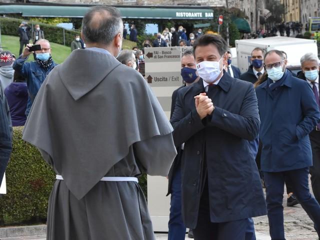 San Francesco 2020, Umbria e Marche unite nel segno di Francesco | Conte ad Assisi