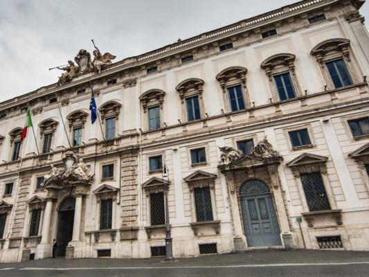 Eutanasia, suicidio assistito e testamento biologico: qual è la situazione in Italia e in Europa?