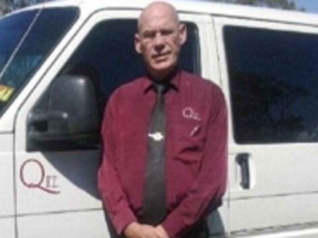 Autista condannato: ha dimenticato la bara di un bimbo sul tetto e l'ha persa