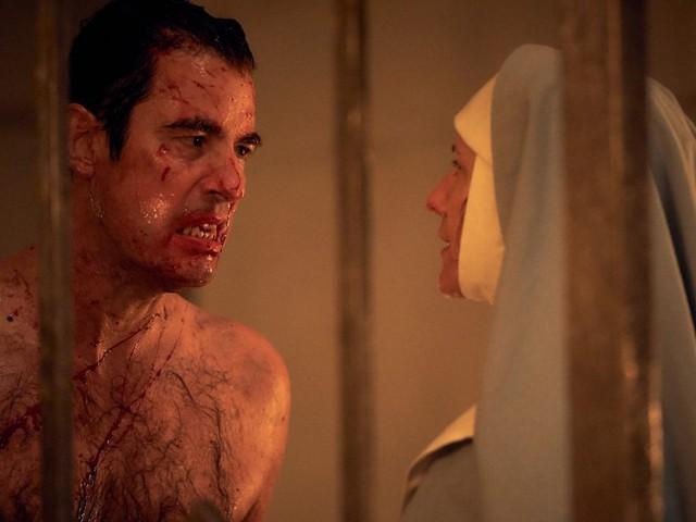 Svelata la data di Dracula su Netflix, la serie dei creatori di Sherlock arriva anche in Italia