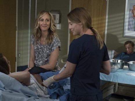 Cast e personaggi di Grey's Anatomy 14 su La7 in onda da lunedì 7 gennaio: anticipazioni sulla stagione degli addii