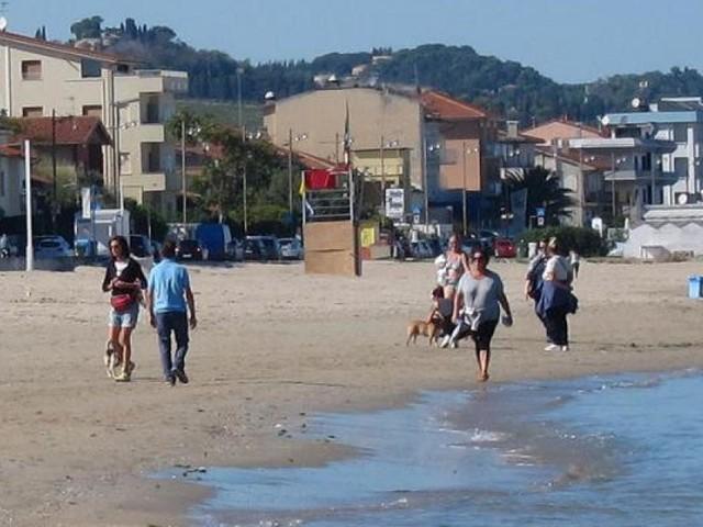 Wi-fi Marche, spiagge connesse dal 22 maggio: progetto da 1 milione e 850 mila euro