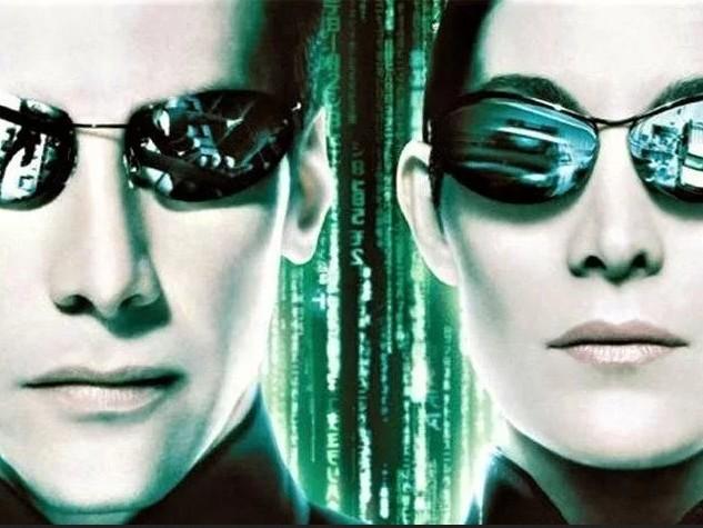 Matrix 4: nuovo video dal set con Keanu Reeves e Carrie-Anne Moss in moto