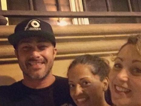 """Taylor Kinney a Bologna dopo il MotoGP, """"pit stop italiano"""" per l'attore di Chicago Fire ed ex di Lady Gaga"""