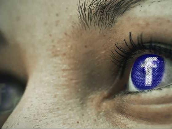 Facebook raccoglieva e trascriveva le chat audio di Messenger