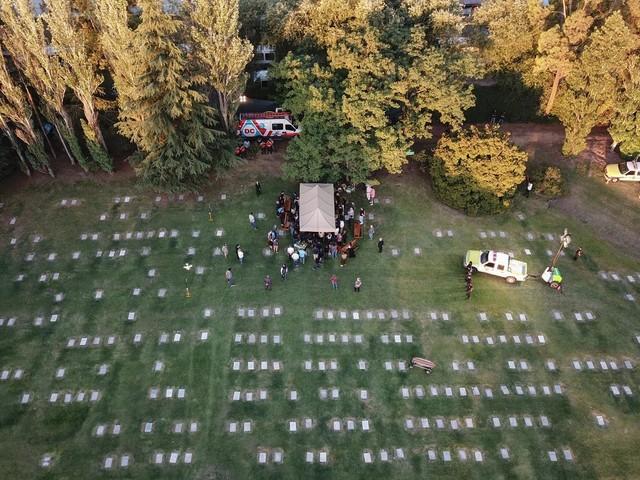 Dove si trova la tomba Maradona e come si sono svolti i funerali (foto)
