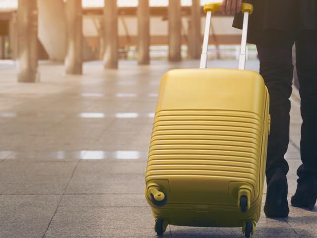 Posti a sedere, bagaglio a mano, valigia in stiva. Ecco quanto ci costa viaggiare su 9 compagnie aeree (low cost e di linea)