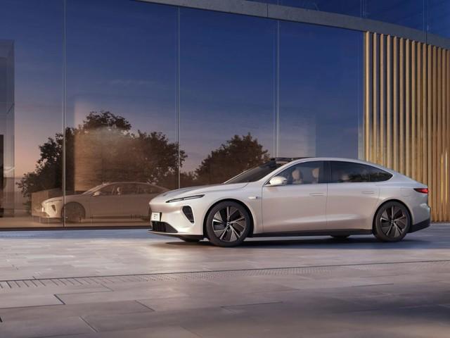 NIO ET7, la berlina elettrica pronta a fare concorrenza a Tesla