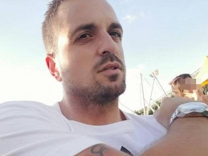 Padre 34enne muore investito da auto pirata. Salvo il figlio di 6 anni