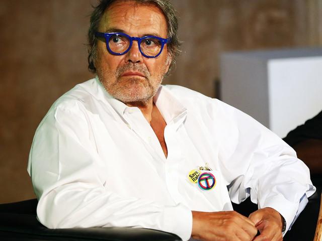 """""""Mio padre Oliviero Toscani? Un estraneo. Da piccole subivamo maltrattamenti psichici: imprecava contro di noi"""""""